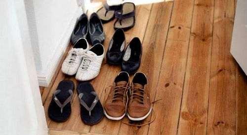 Чи Можна Зберігати Взуття На Балконі