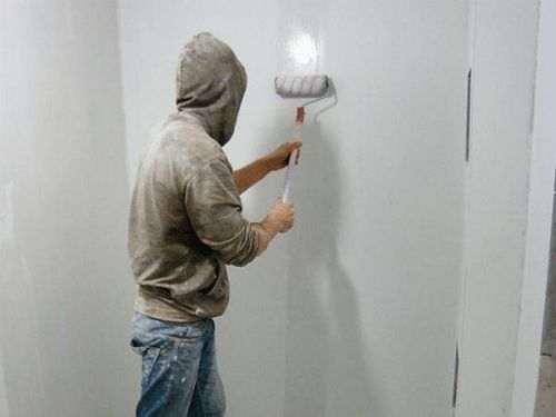 Чи потрібно гарантувати стіни між шарами шпаклівки