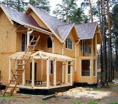 Як побудувати будинок з сендвіч панелей
