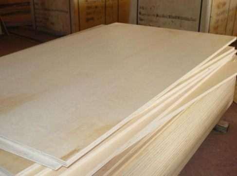 Як вирівняти дерев'яну підлогу фанерою