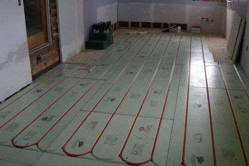 Що можна класти на теплу підлогу