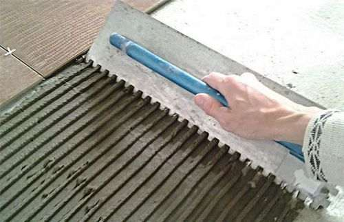 Товщина плитки для підлоги з клеєм