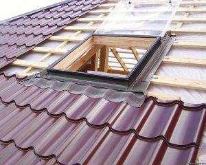 Установка мансардного вікна в готову дах