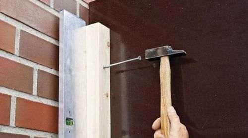 Як Закріпити Дерев'Яний Брус До Цегляної Стіни